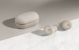 BeoPlay E8 3.0 Golden Collectie